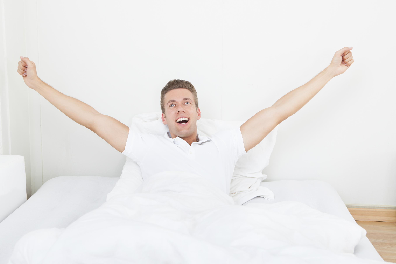 Afbeeldingsresultaat voor guy in bed